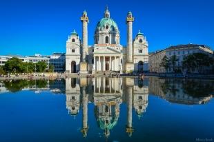 La Karlskirche, église d'architecture baroque du XVIIIème siècle.