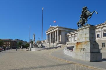 Une autre vue du Parlement