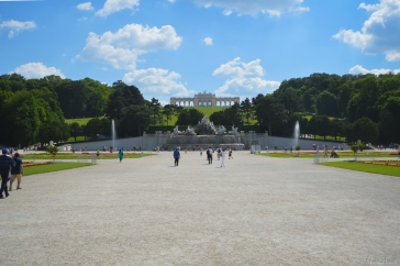 Vu sur la Fontaine de Schönbrunn et Gloriette